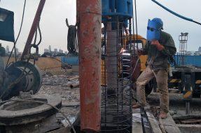 宁波市轨道交通3号线一期仇毕站物业开发工程完成18根试桩下钢筋笼/自平衡测试